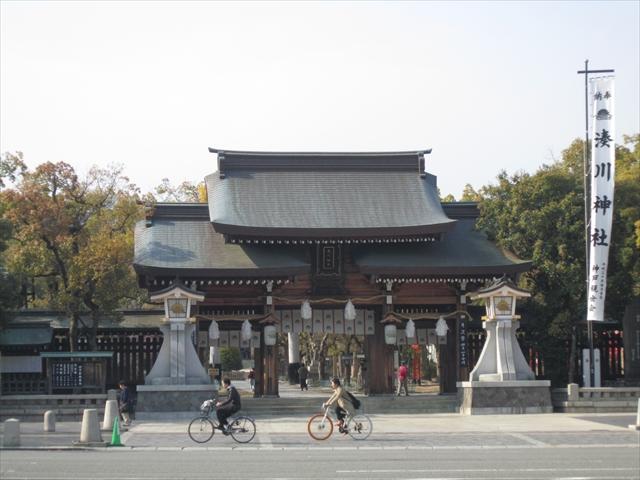 神戸駅前商店街